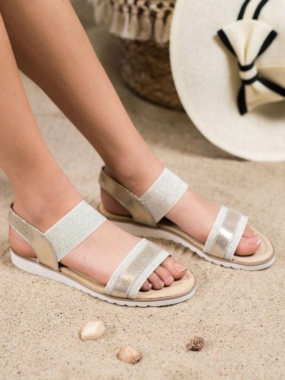 Nazúvacie sandálky s brokátom