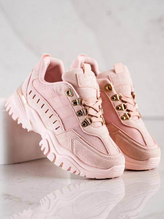 Púdrové sneakersy
