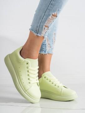 Zelené tenisky na platforme