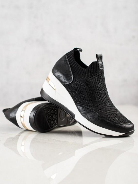 Čierne textilné tenisky