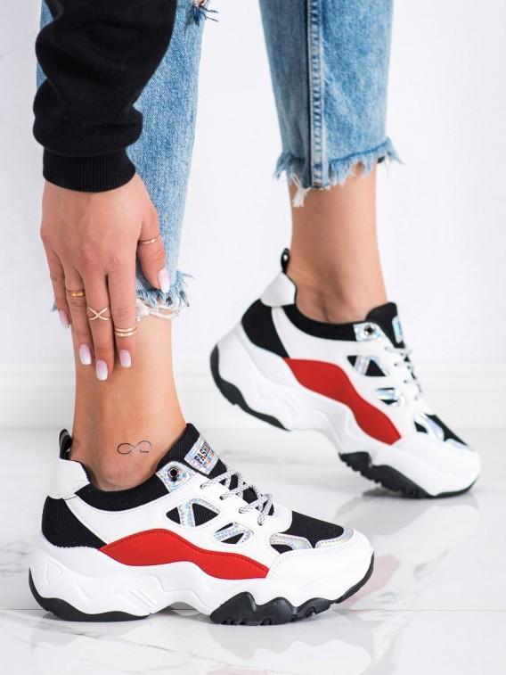 Šnurovacie sneakersy Fashion