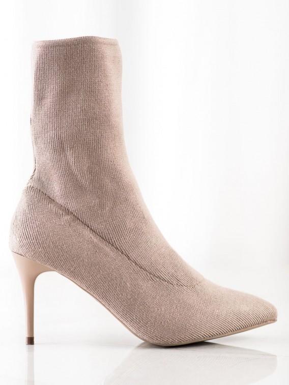 Jarné členkové topánky na ihličkovom podpätku