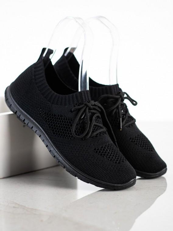 Čierne dierkované tenisky