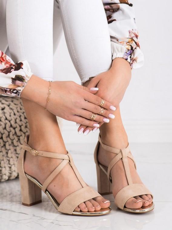 Śtýlové sandálky na stĺpci Vinceza