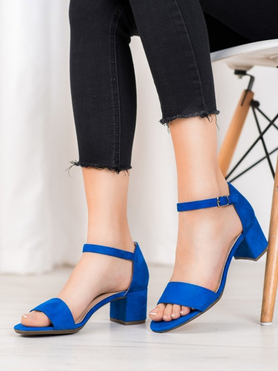 Modré sandálky na podpätku