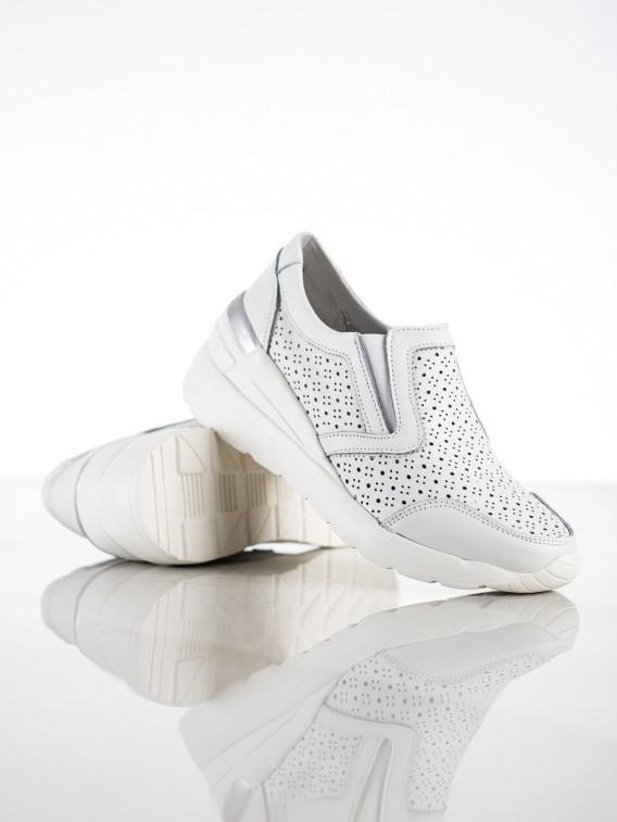 Biele nazúvacie sneakersy z kože