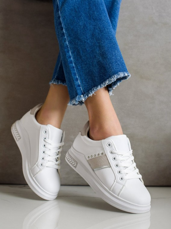 Neformálne sneakersy