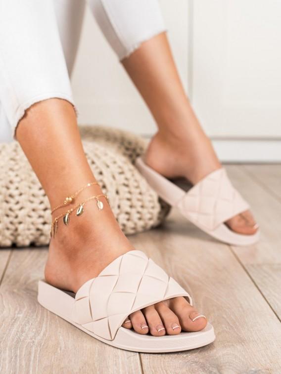 Pohodlné šľapky gumové