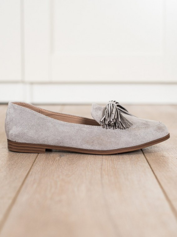 Semišové lordsy so strapcami