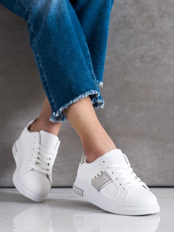 Biele sneakersy