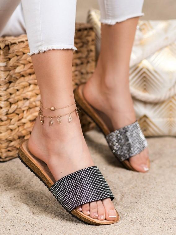 Elegantné šľapky s kamienkami