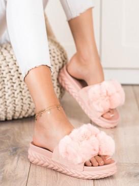 Ružové šľapky s kožúškom