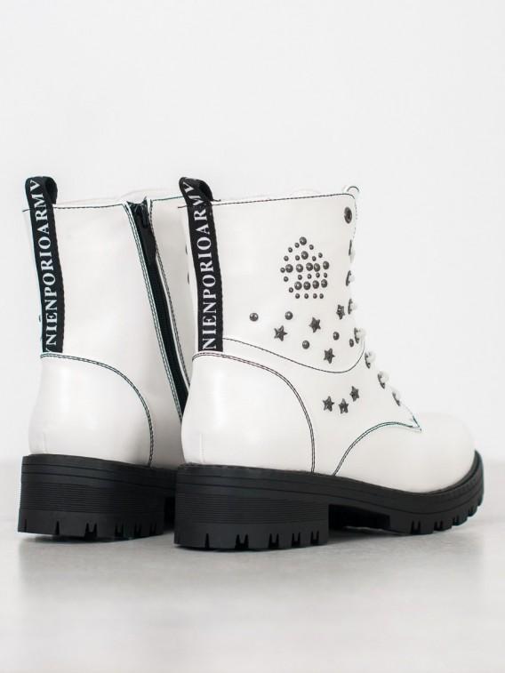 Biele traperky s hviezdami