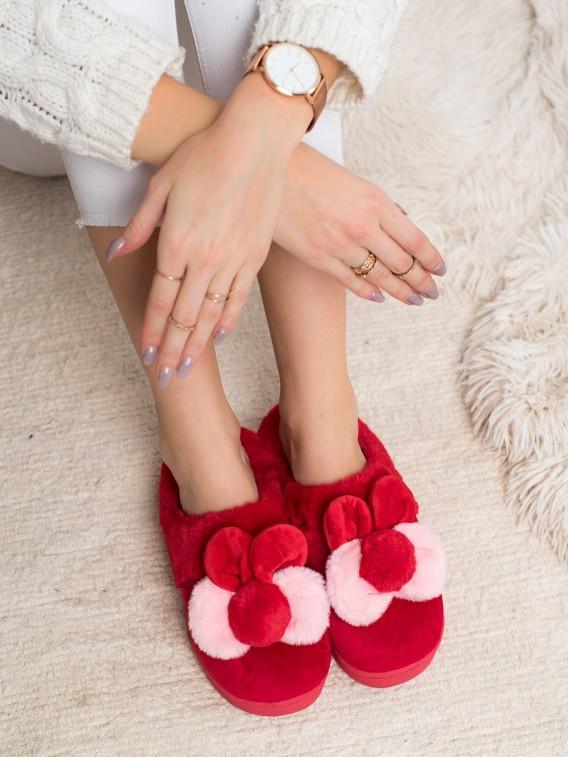 Červené papuče s uškami