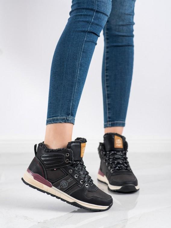 Čierne trekingové topánky