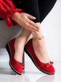 Červené poltopánky s mašľou
