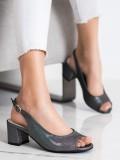 Sandále so šedými odleskami