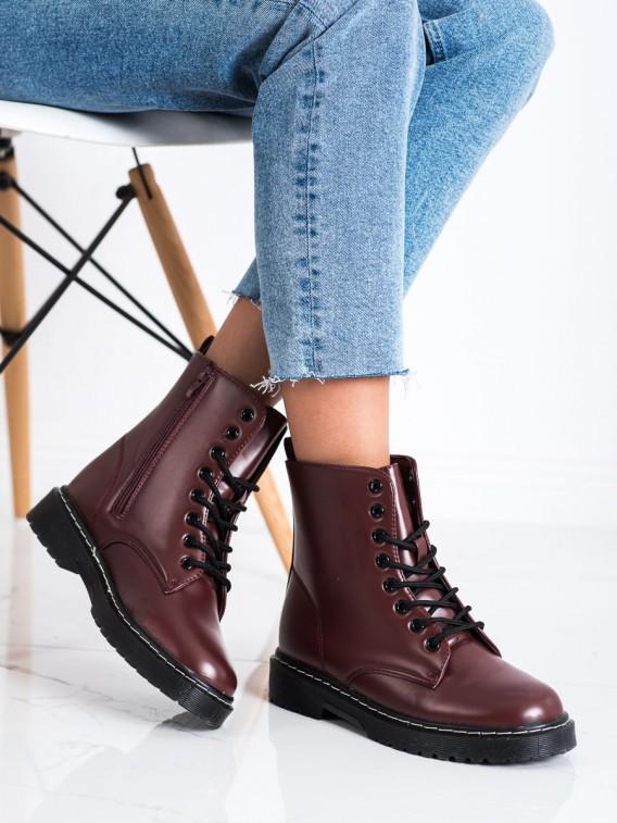 Módne šnúrovacie topánky