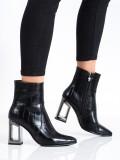 Kotníkové topánky s ozdobným opätkom
